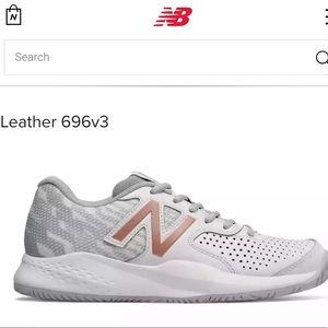Never used women New Balance 696v3 size 7